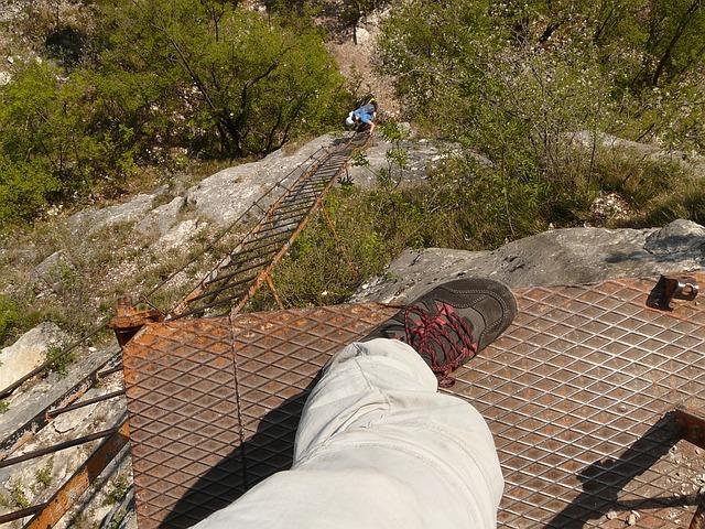 Není to turistika, není to horolezectví. Je to adrenalin