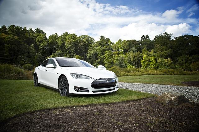 Auto značky Tesla