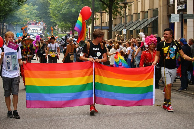 demonstrace za homosexuály
